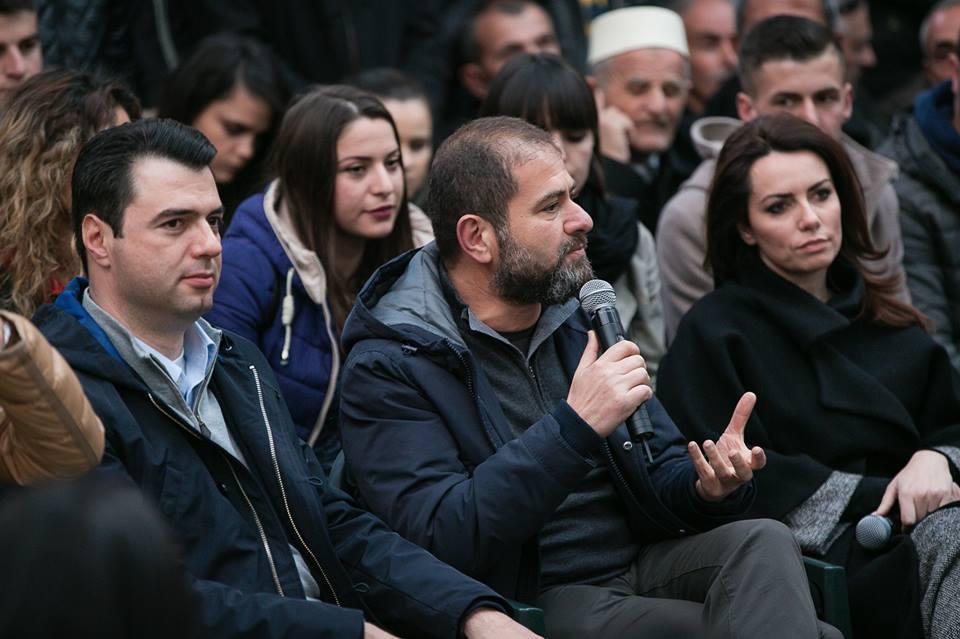 """Rakipi dhe Shkullaku mashtrojnë opinionin me shoqatat e tyre """"private"""" në mbrojtje të Olldashit?! Qytetarët i masakrojnë!"""