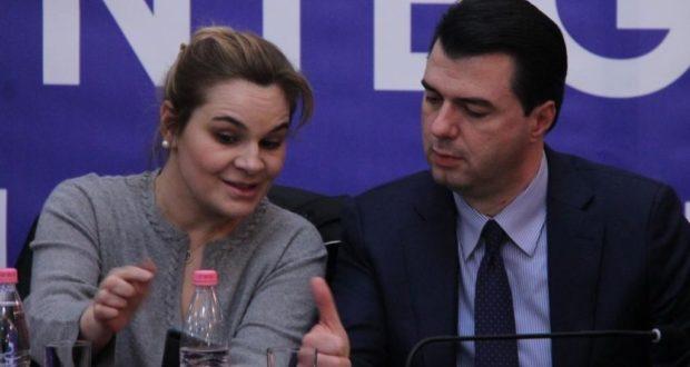Çoroditja e opozitës: Kryemadhi akuzon qeverinë për rritjen e numrit të vdekjeve, Basha për fshehjen e viktimave