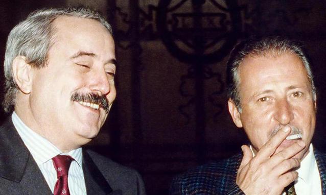 """""""Amaneti"""" i Xhovani Falcones se do vinte një ditë që do kishte edhe m.afie nga fqinjët… shqiptare"""