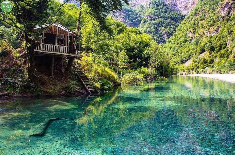 """Lumi i Shalës, """"parajsa"""" e alpeve shqiptare"""