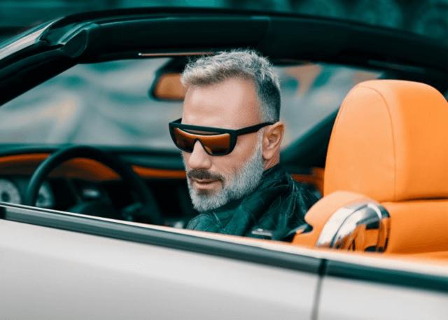 Kënga e reperit shqiptar u bë hit, miliarderi italian nuk i reziston trendit në TikTok (VIDEO)